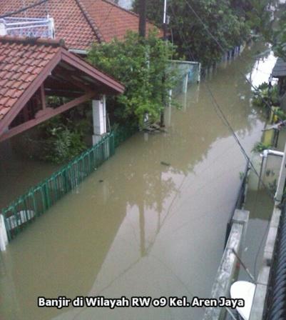 Normalisasi Saluran Air Berhasil Mengurangi Banjir Perumnas 3 Rw